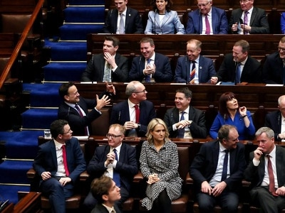 33rd Dail sits for the first time, but no taoiseach elected