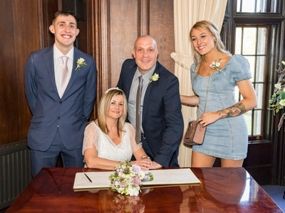 Kingswinford couple tie the knot in the nick of time - just hours before coronavirus lockdown