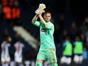 Sam Johnstone of West Bromwich Albion applauds the West Bromwich Albion Fans at the end of the match. (AMA)