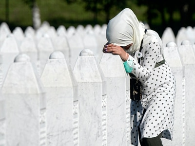 Survivors mark 25th anniversary of Srebrenica massacre