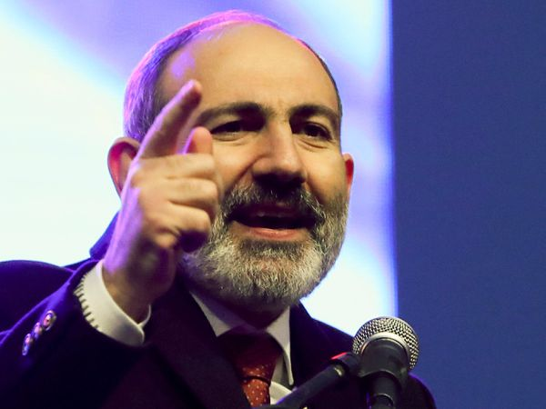 Armenian Prime Minister Nikol Pashinyan addressing his supporters