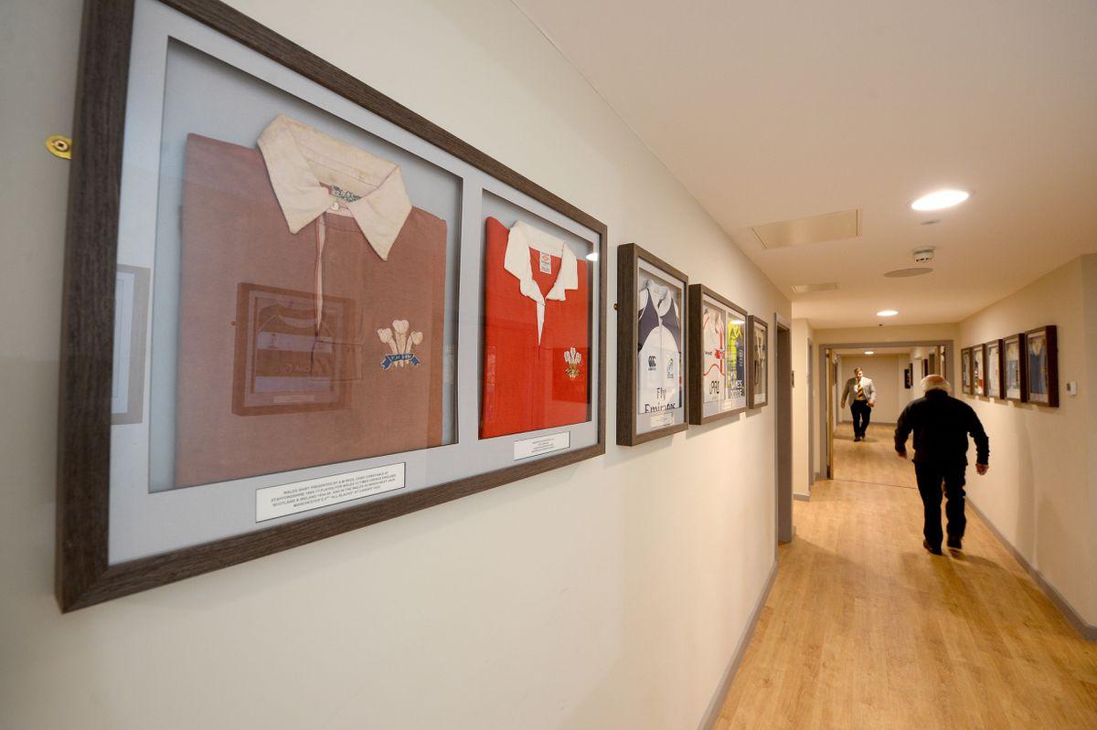 The corridor containing shirts