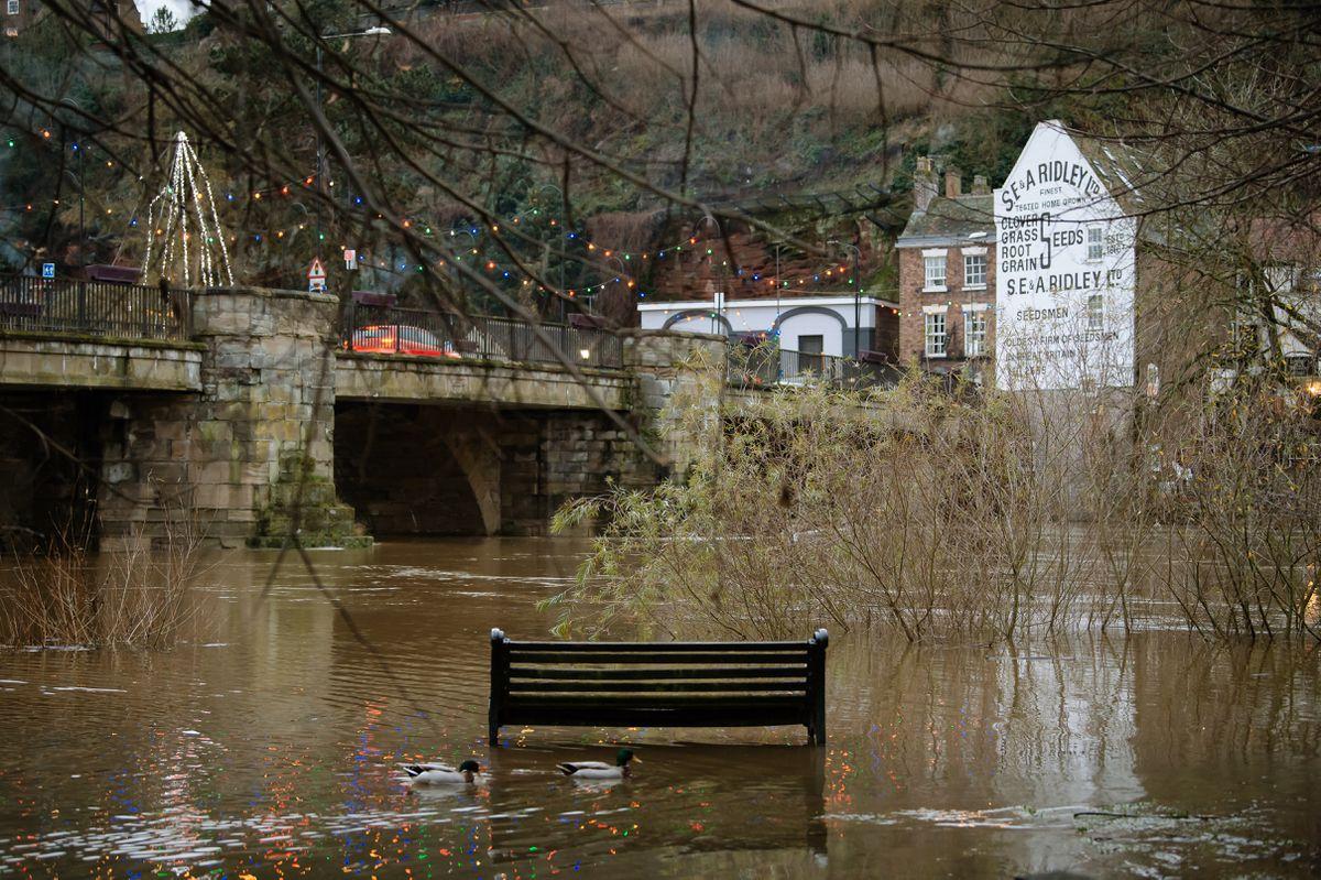 Flooding along footpaths in Bridgnorth