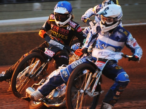 Red-hot Klindt puts the bite on Wolverhampton Wolves