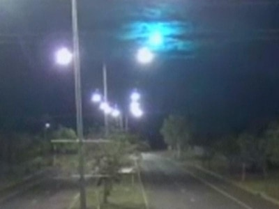 Watch as a suspected meteorite flashes over Northern Australia