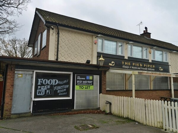 Cannock pub to be transformed into shop and flat after five years