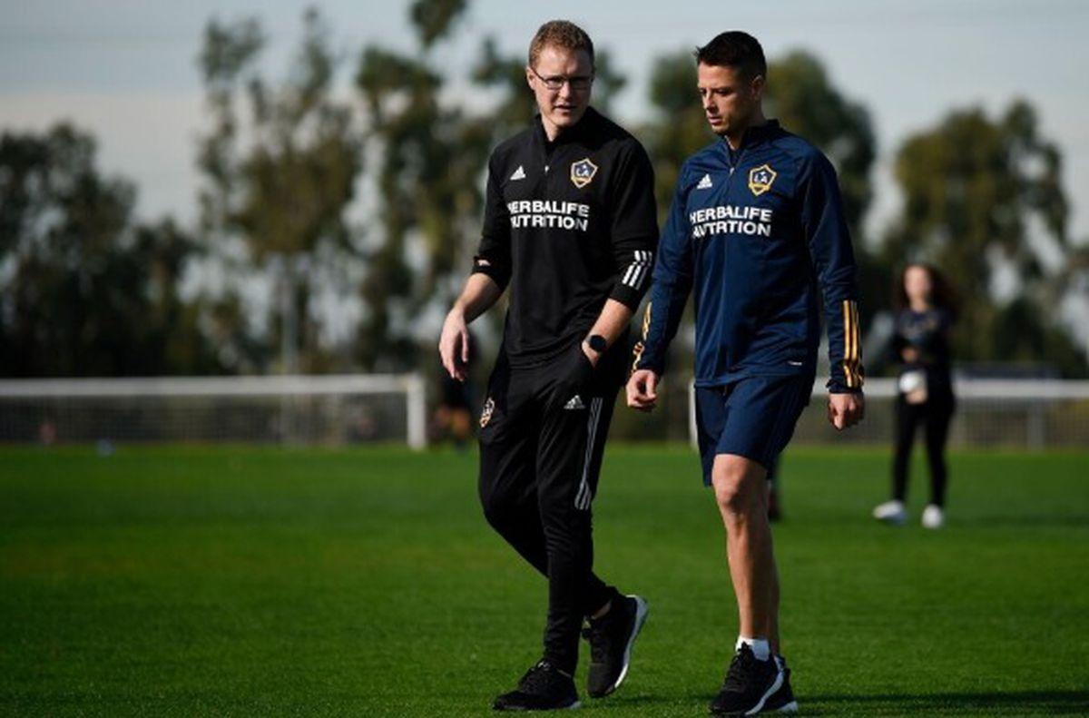 Phil Hayward and Javier 'Chicharito' Hernandez at LA Galaxy's Dignity Health Sports Park training base. Photo credit: Kelvin Kuo