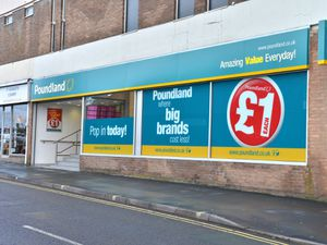 BORDER. STORY REPORTERS. Kelvie's Bargain Shop on English Walls in Oswestry is closing down. Exterior pic of Poundland which opened just down the road. 24/02/14 PIC BY IAN SHEPPARD. Copyright MNA.