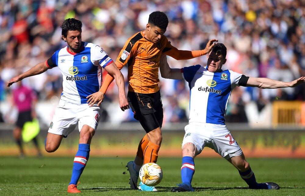 Liverpool ready to splash out on Wolves starlet Gibbs-White