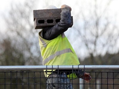 Galliford cutting up to 350 jobs amid construction overhaul