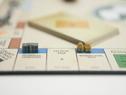 Graphic designer creates bespoke Jane Austen Monopoly for superfan girlfriend