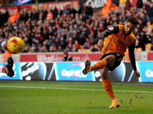 Scott Golbourne aims for new Wolves deal