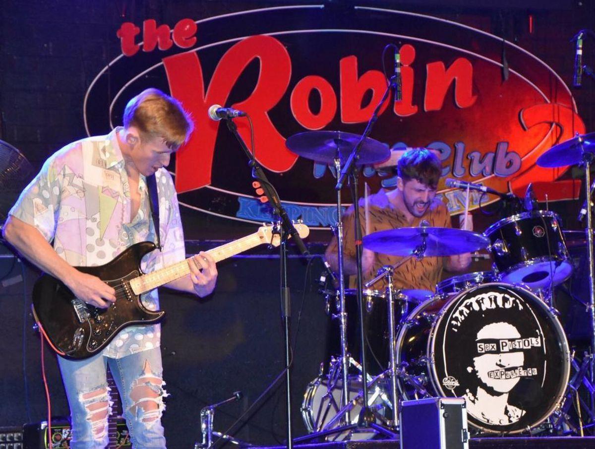 Broozer performing at Bilston's Robin 2   Photo: Karen Kat Cockerton