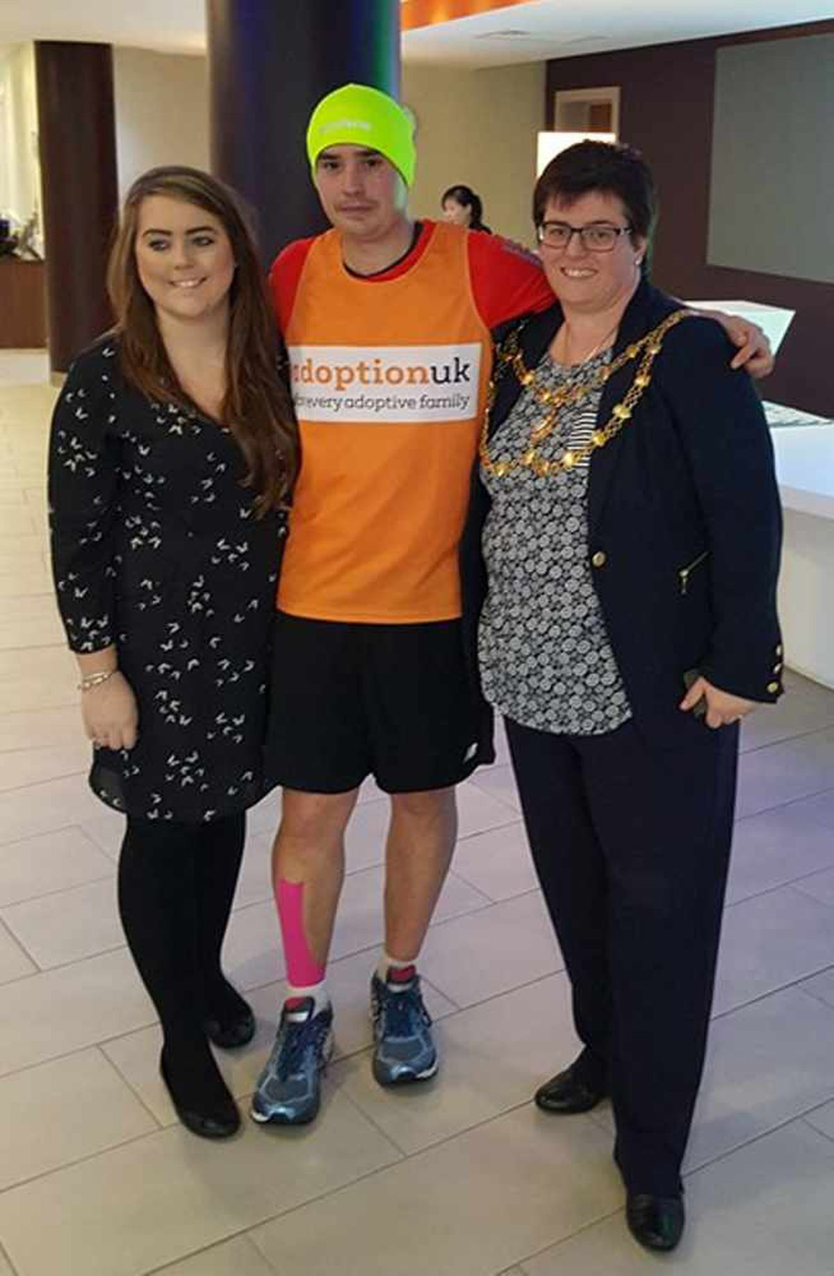 Mark is pictured with Ella Hiscott of the Holiday Inn and Dunstable Town Mayor Councillor Liz Jones after breaking the world record