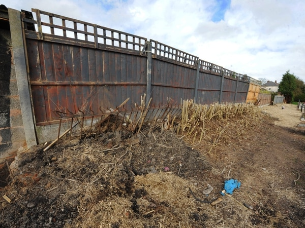 Disgruntled resident blames Wolverhampton Council for wobbly fence