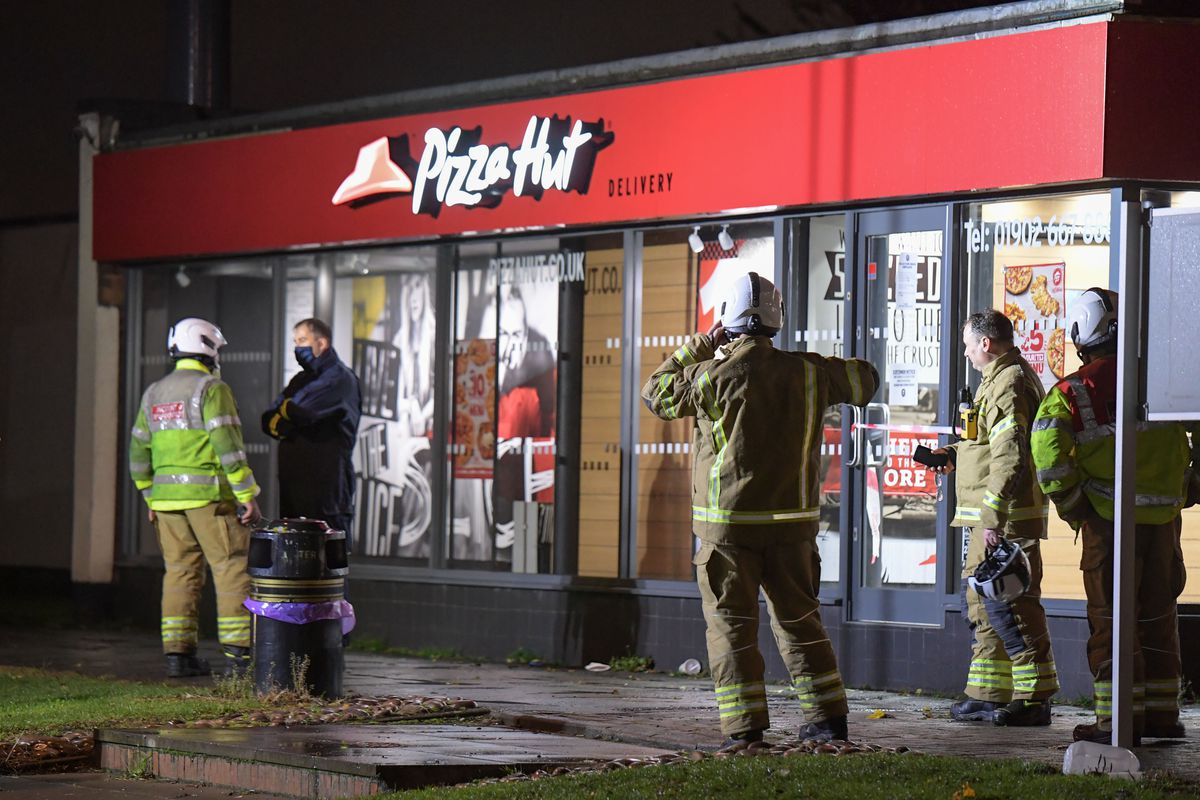 Emergency services at Pizza Hut in Upper Gornal. Photo: SnapperSK