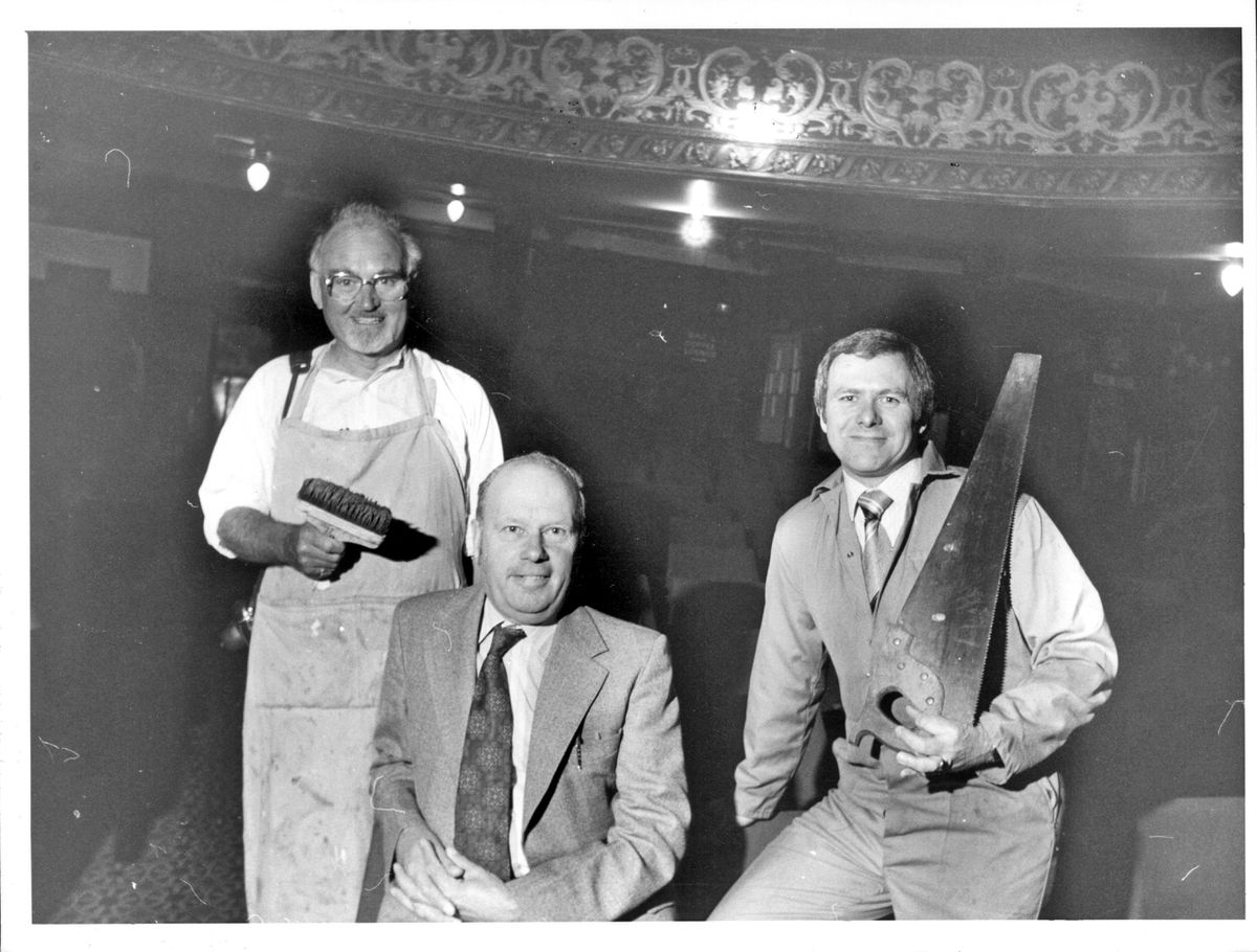 Site agent Frank Smith flanked by Tony Southall(left) and Mike Jennings