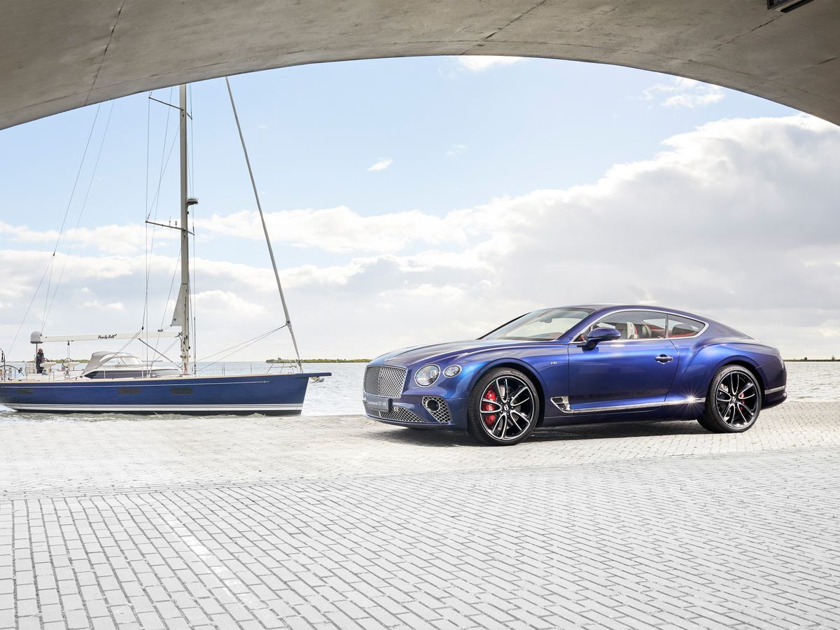 Bentley Continental and Contest 59 CS