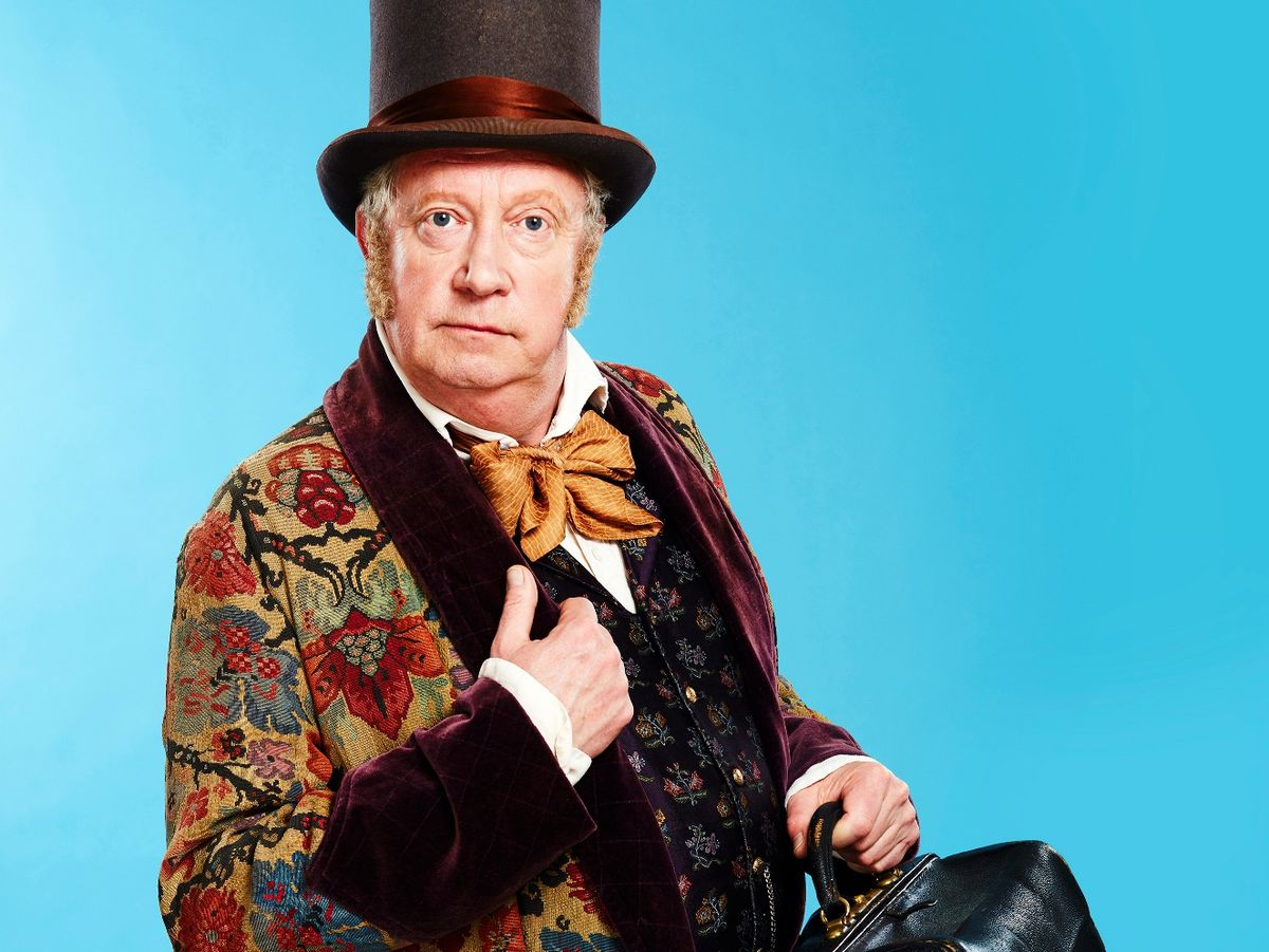 Mark Williams as Doctor Dolittle. Photo by: Simon Turtle