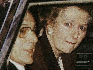 nostalgia pic. Margaret Thatcher leaves Downing Street in 1990. Margaret Thatcher crying. Margaret Thatcher cries. Conservative leader Margaret Thatcher leaves office. MARGARET THATCHER IN TEARS, LAST DAY