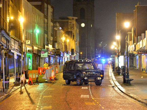 DUDLEY COPYRIGHT EXPRESS AND STAR STEVE LEATH 20/01/2021..Dudley High Street, Scene of a violent incident..