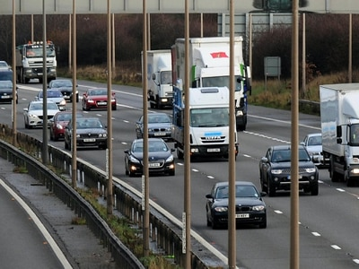 More than a thousand drivers still on road despite having 12 points or more
