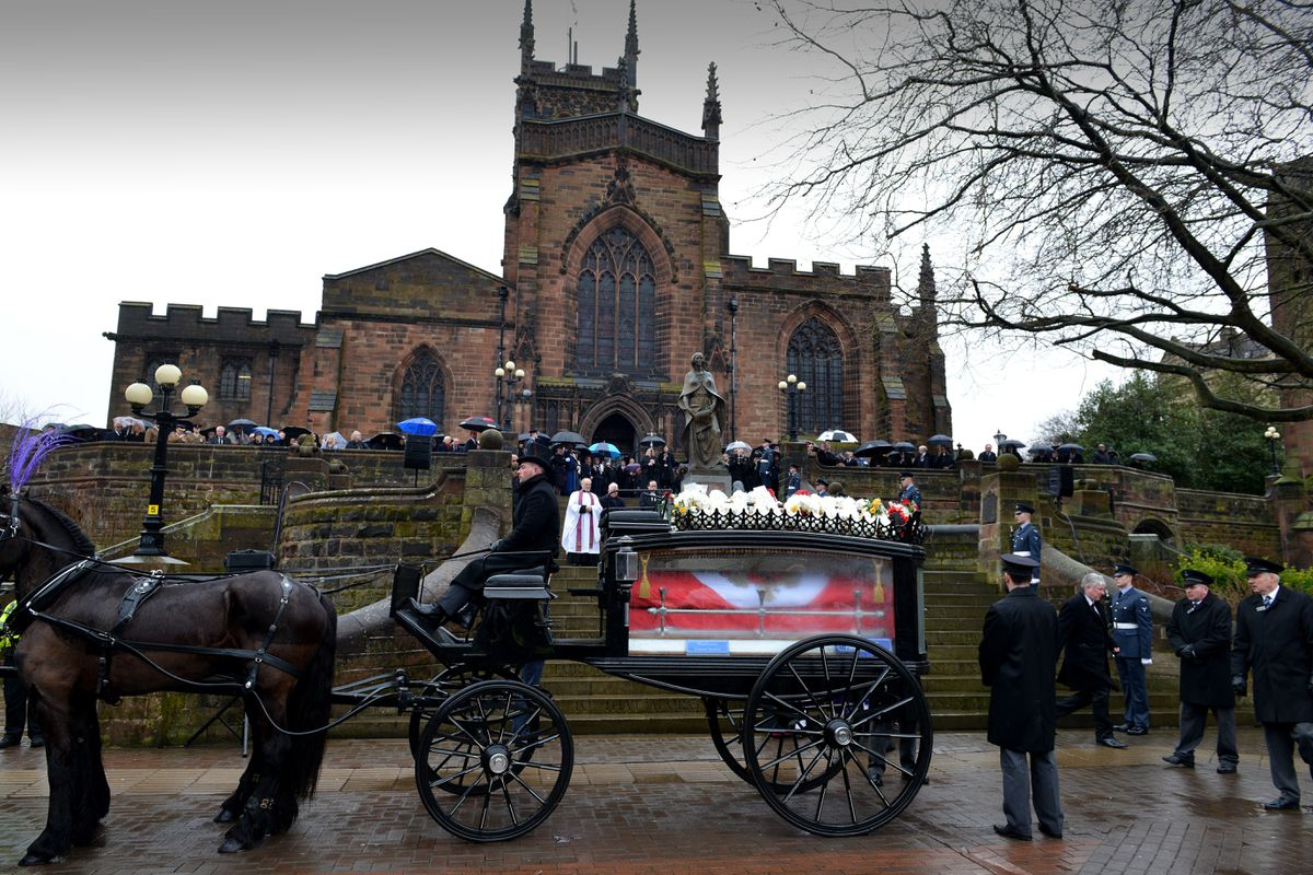 The horse-drawn carriage arrives