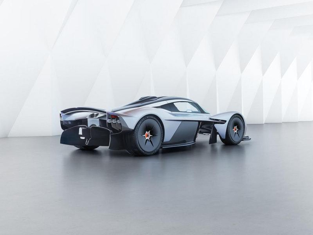 Aston Martin Shows Off Valkyrie S Massive Cosworth V12 Engine
