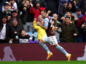 """Aston Villa's Danny Ings celebrates scoring their side's first goal of the game during the Premier League match at Villa Park, Birmingham. Picture date: Saturday August 21, 2021. PA Photo. See PA story SOCCER Villa. Photo credit should read: David Davies/PA Wire.   RESTRICTIONS: EDITORIAL USE ONLY  No use with unauthorised audio, video, data, fixture lists, club/league logos or """"live"""" services. Online in-match use limited to 120 images, no video emulation. No use in betting, games or single club/league/player publications."""