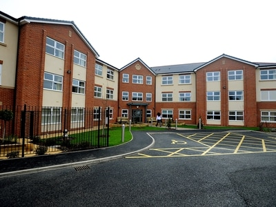 Wolverhampton care home fails to come out of special measures after injury risks