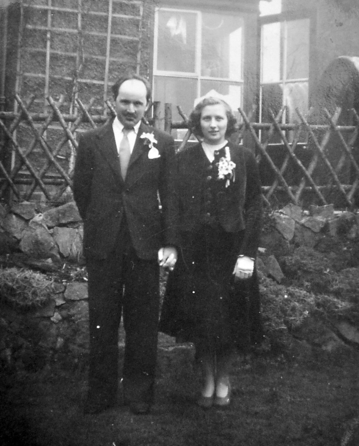 Jean and John on their wedding day in Tettenhall in 1952.