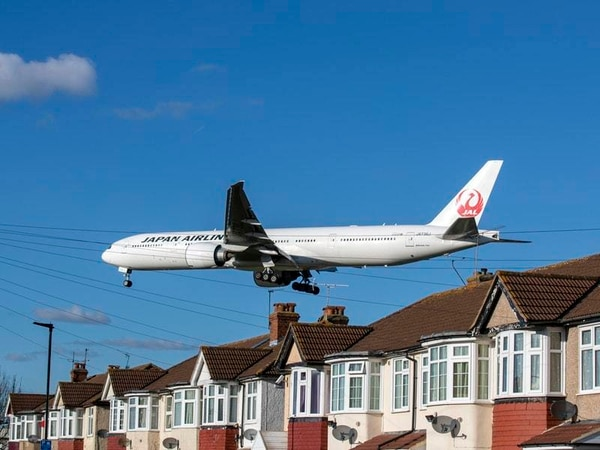 New twist in Heathrow expansion saga leaves third runway plan up in the air