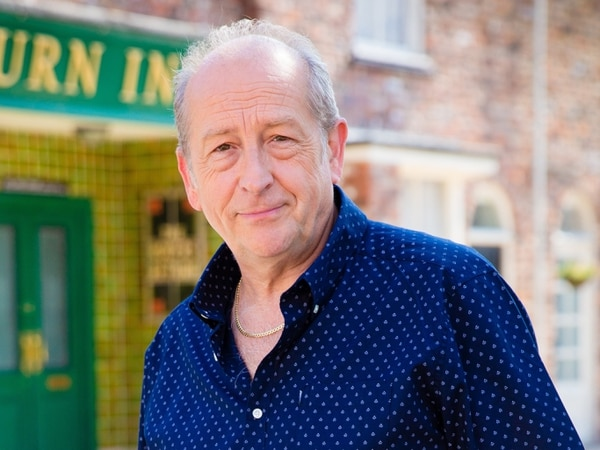 'The arts have been very badly hit': Corrie baddie is centre stage to help theatre avoid closure