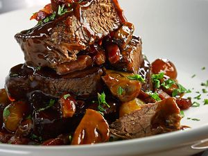 Meat in the middle – Boeuf Bourguignon Maison
