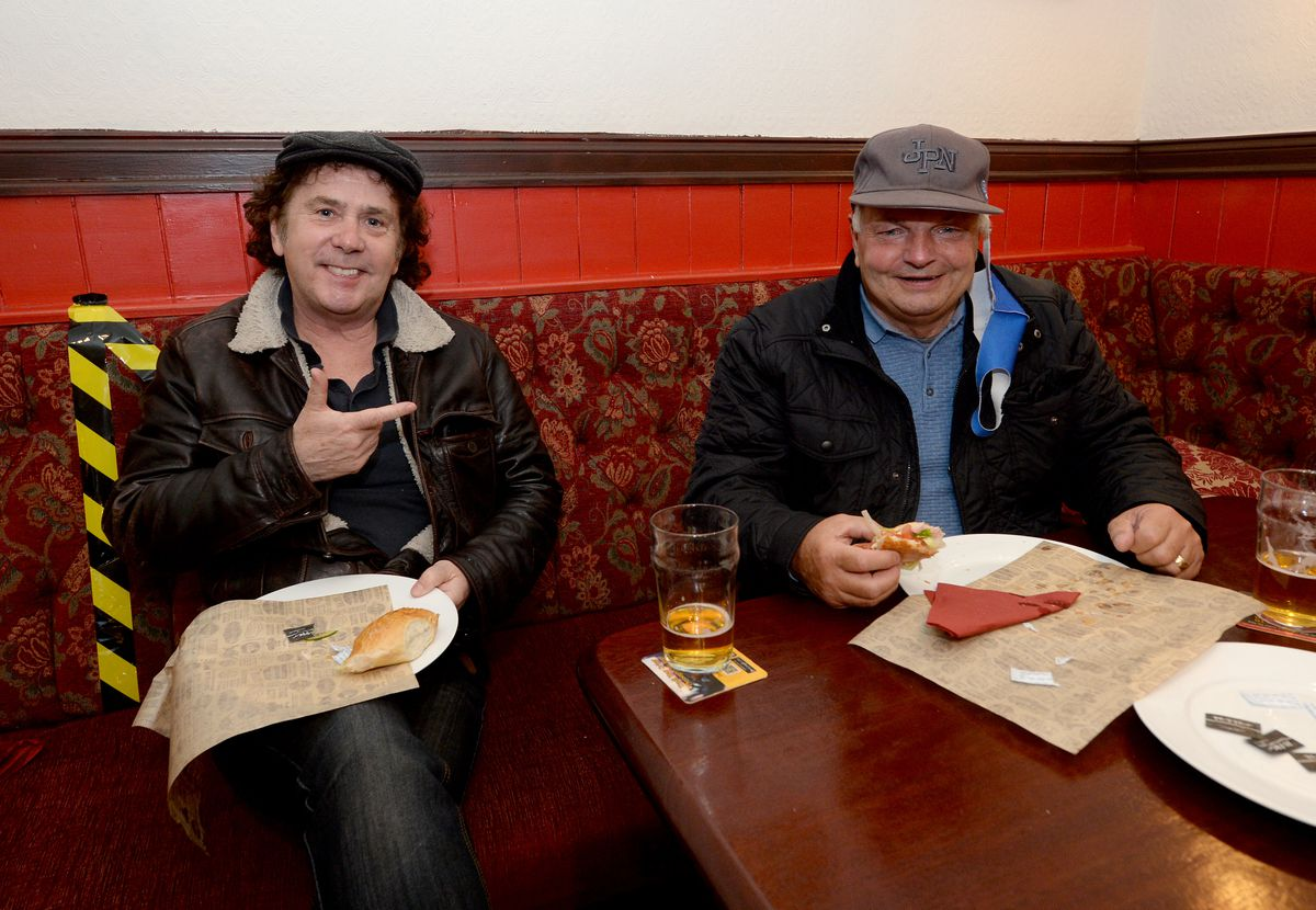 Christopher Nott and John Guest at The Swan, Netherton
