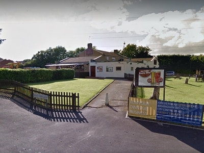 Man left with head injuries after argument outside pub