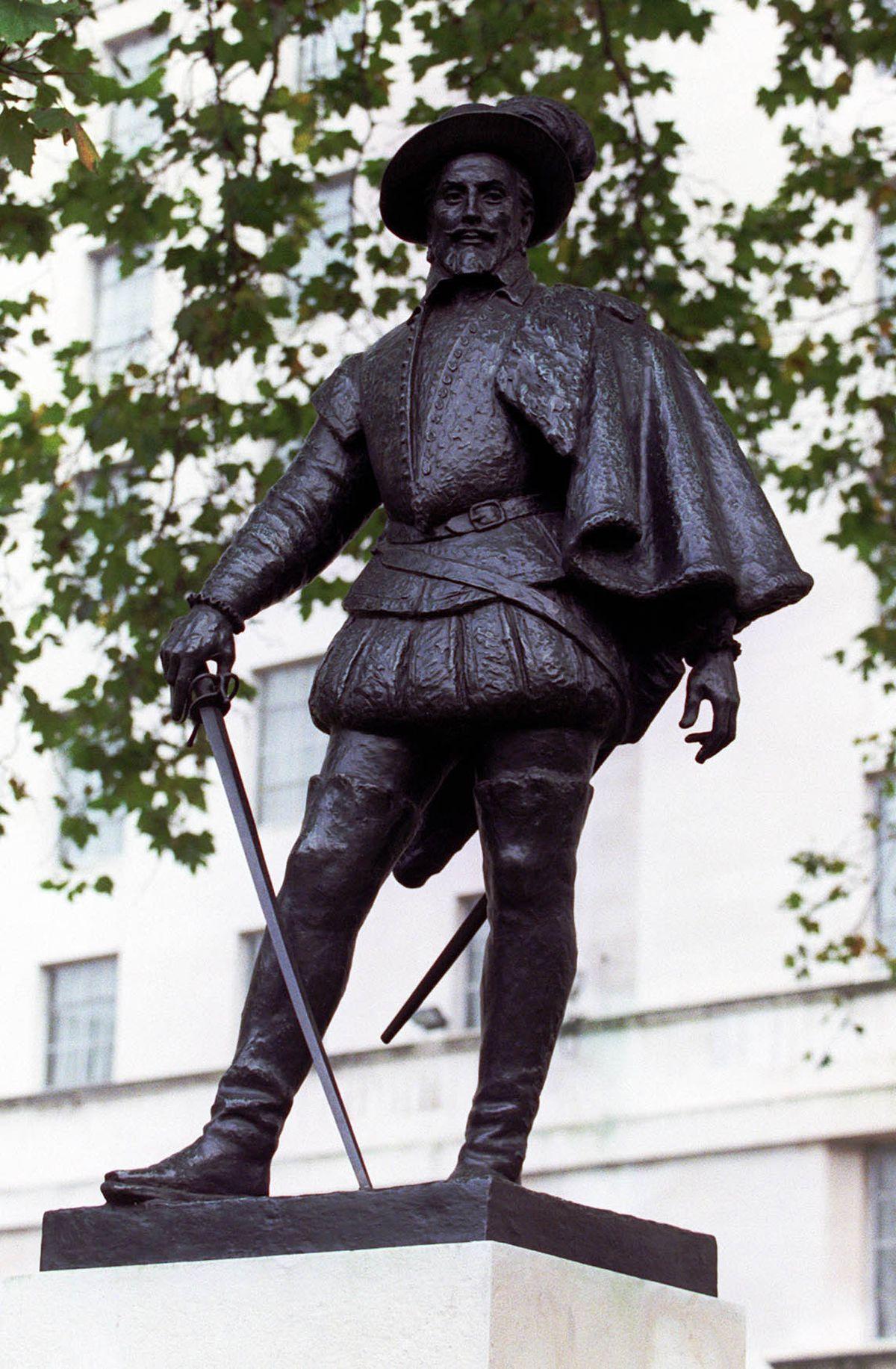 Sir Walter Raleigh – bike manufacturer?