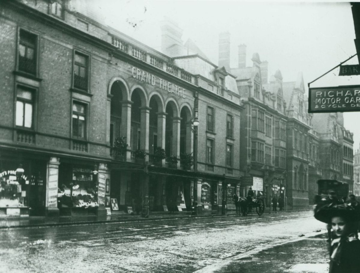 The Grand Theatre in Lichfield Street in the early 1900s