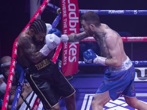 Sam Eggington in action (Photos: Lawrence Lustig)