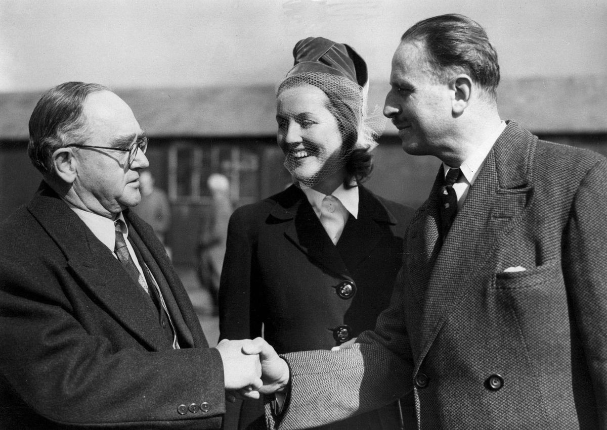 Oswald Pirow of South Africa's New Order Movement, Lady Diana Mosley and her husband Sir Oswald Mosley at London Airport in 1948