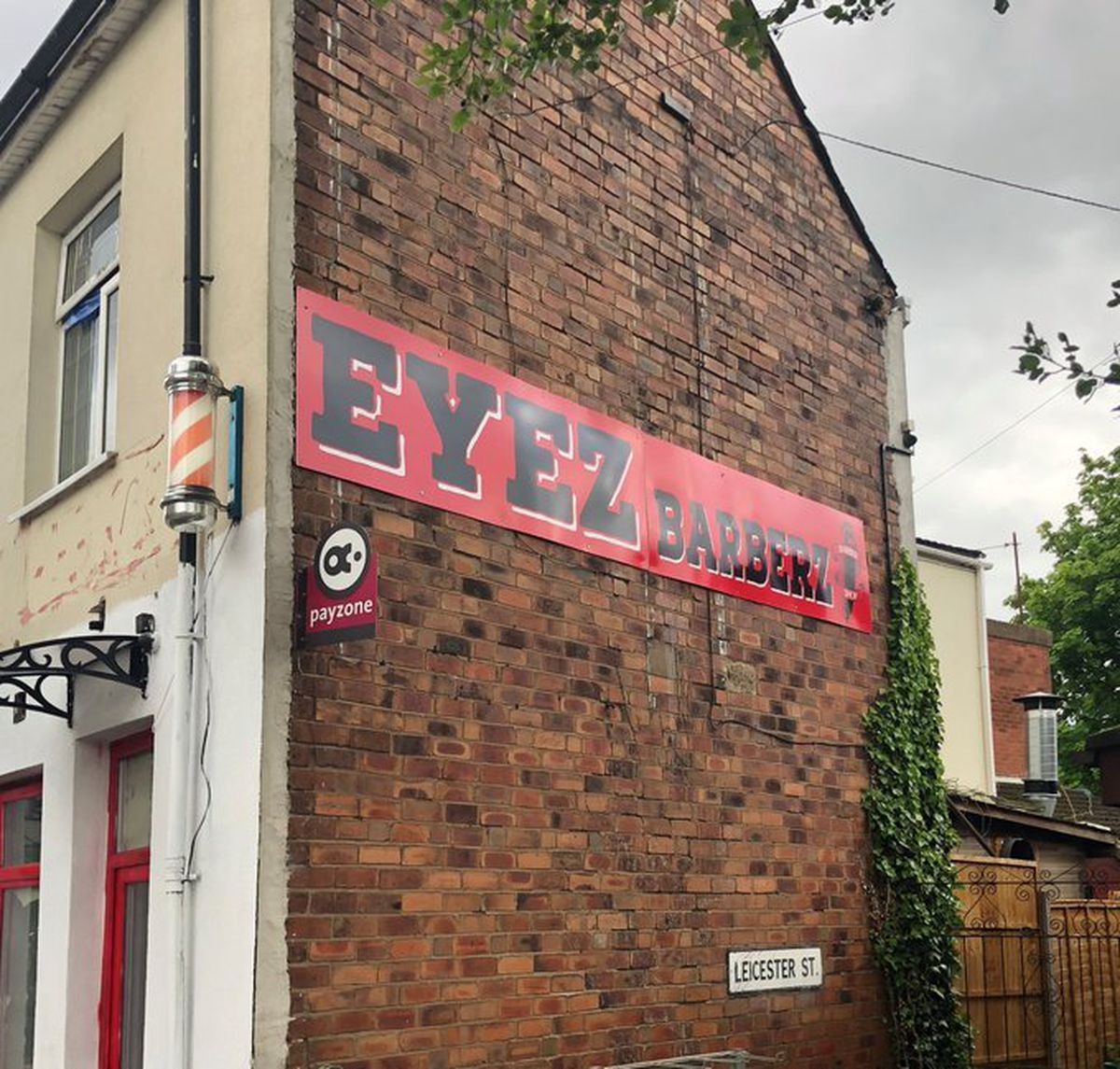 Eyez Barberz has been shut down after flouting Government rules