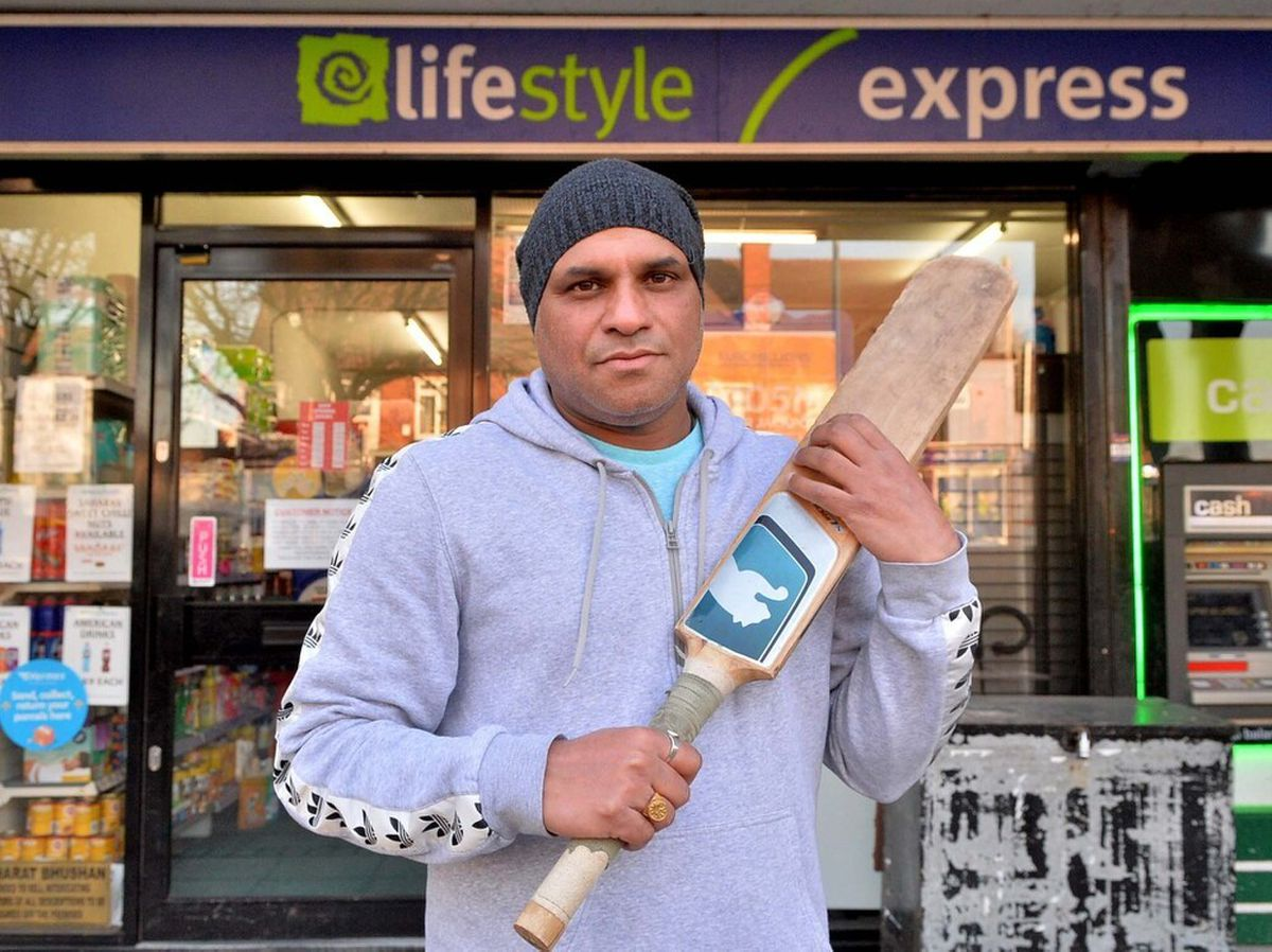 Shopkeeper Tony Bangar fended off the two defendants with a cricket bat