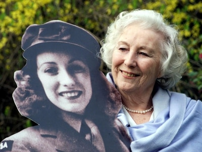 Forces Sweetheart Dame Vera Lynn to be honoured with flypast before funeral