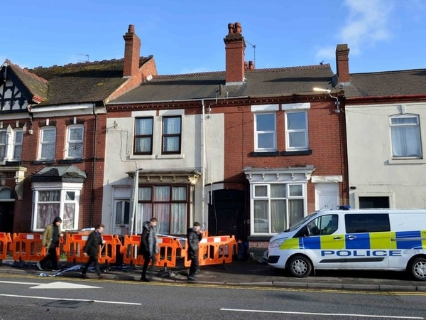 Son tells trial how he found mother's battered body at ex-boyfriend's flat