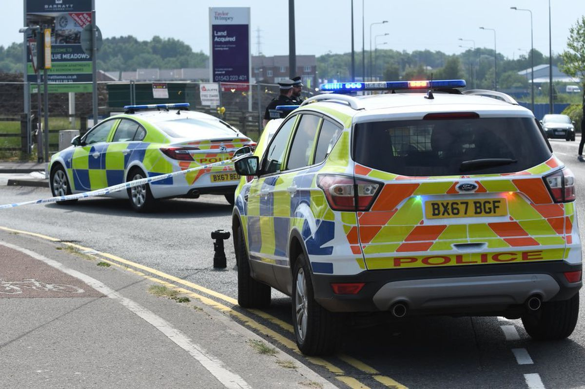 Police cordoned off roads nearby. Picture: @snappersk