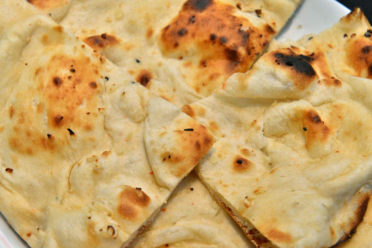 The garlic nan was crispy yet had enough 'chew' to feel wholesome