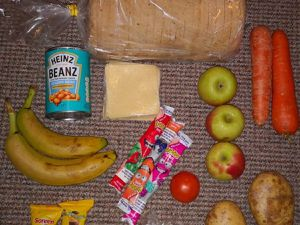 Government to investigate 'woefully inadequate' free school meals