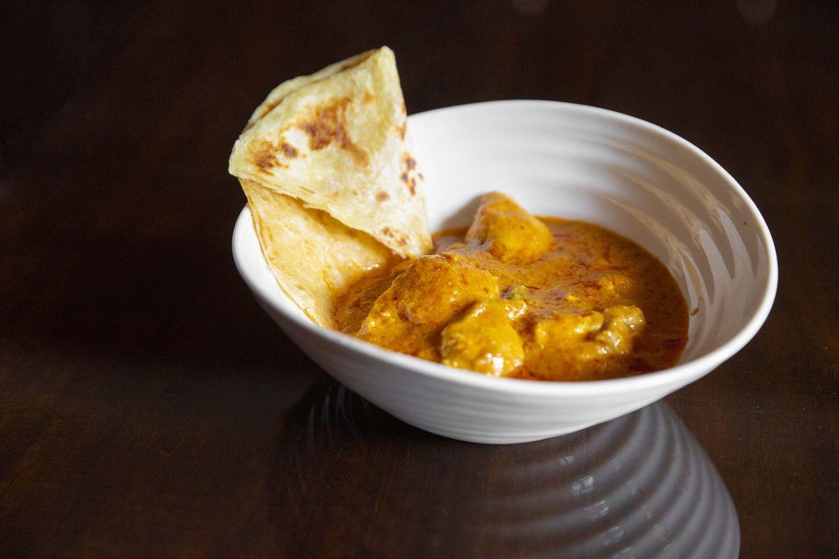 Murgh Makhni – North Indian style curry of marinated tandoori chicken