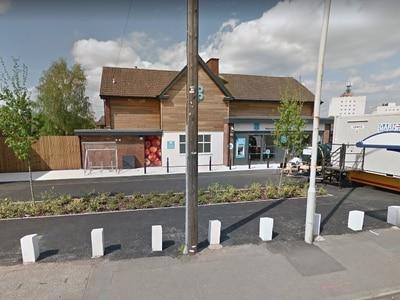 Thieves target two supermarkets in Halesowen