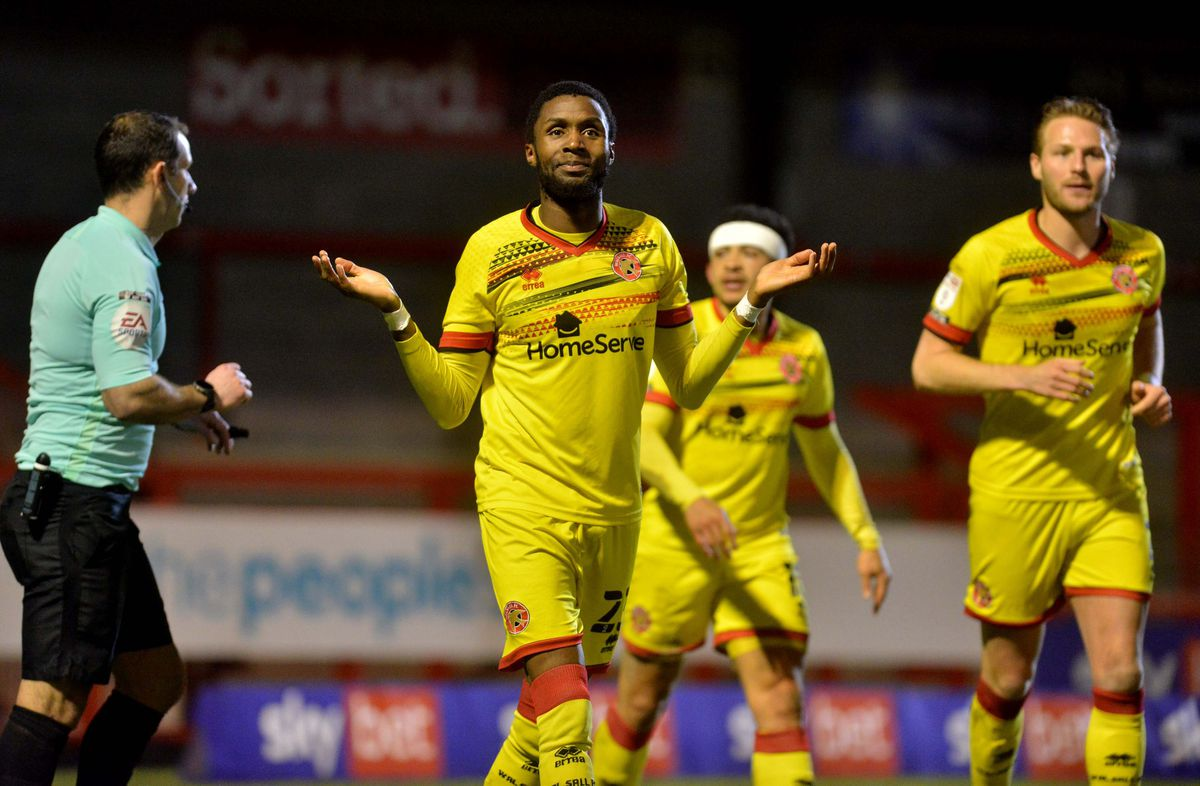 Emmanuel Osadebe scores a goal